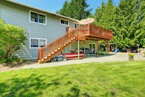 deck inspection. deck safety. deck safety tips.