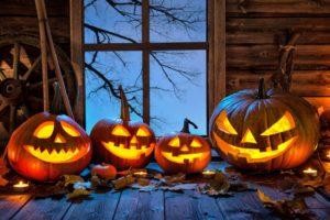 jack-o'-lanterns. Halloween curb appeal. Porch decorations. history of pumpkins