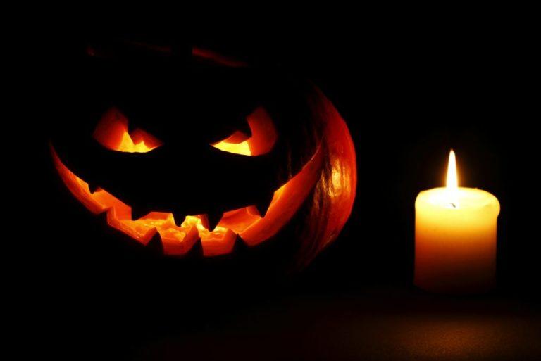 Jack-o'-lanterns. boost curb appeal. fall porch decorations