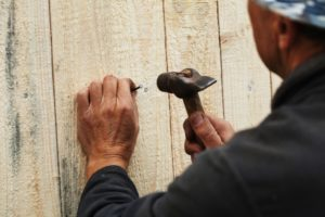 fence repair. repairing a fence. how to refinish your fence