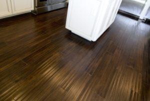 kitchen flooring. types of kitchen flooring. laminate floor for kitchen