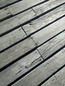 deck wash, gray deck wood, repair deck