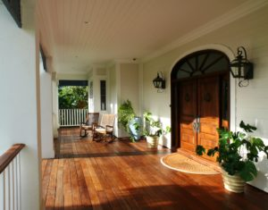 curb appeal ideas. Ways to increase curb appeal with front porch tips