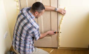 entryway door insulating. front door in winter. how to insulate your entryway door.