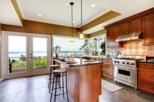 small kitchen remodel. design tips for small ktichen