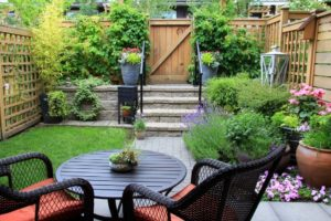 backyard privacy, private deck, bushes around deck, outdoor living