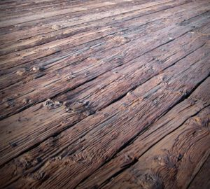 cracked deck boards, problems with wooden decks, cracking wood