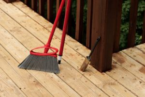 deck staining, how to guide for staining a deck, wood stain