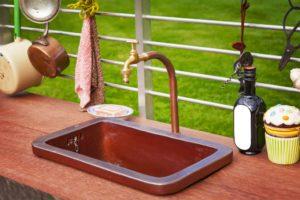 outdoor kitchen, outdoor sink, kitchen outside