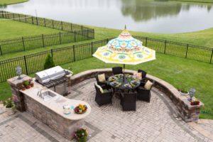 outdoor kitchen, entertaining outside, outdoor living ideas